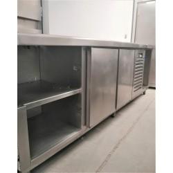 Mesa Fría 2 puertas 2 estantes